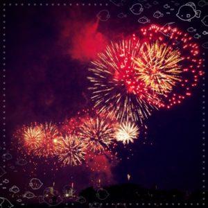花火と光と音楽のコラボレーション
