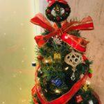 【新宿校】今年のツリーはリボンが可愛い♡